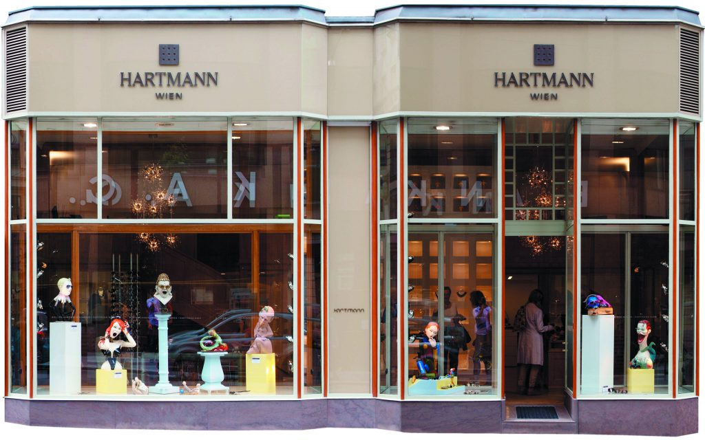 window display Hartmann optician