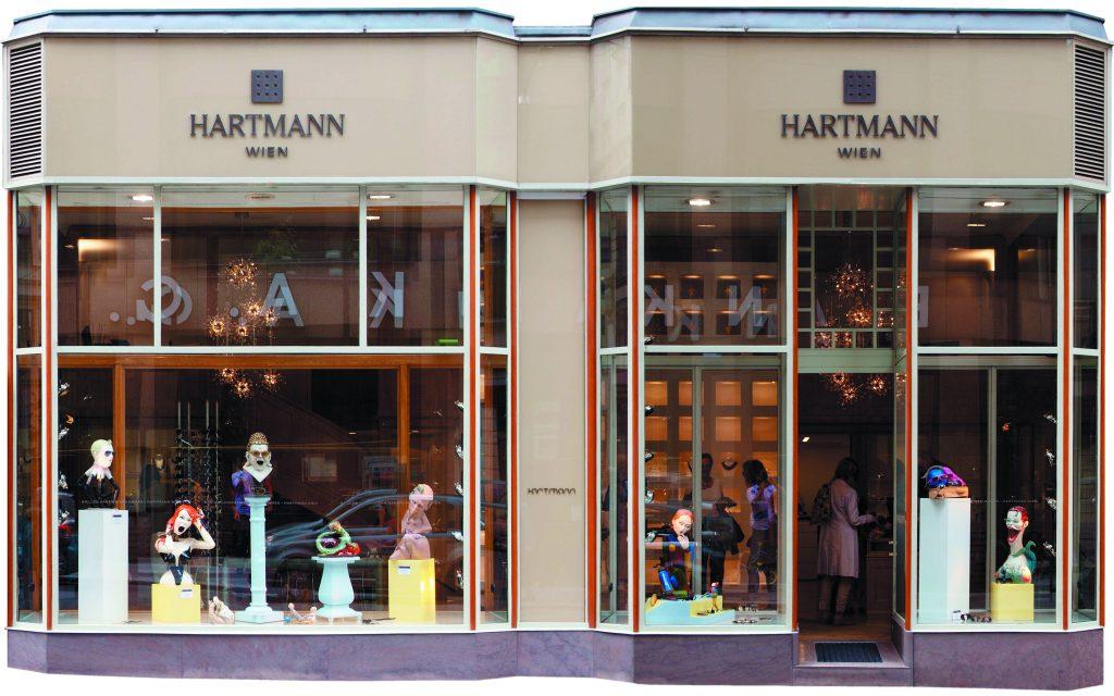 window display Hartmann optician